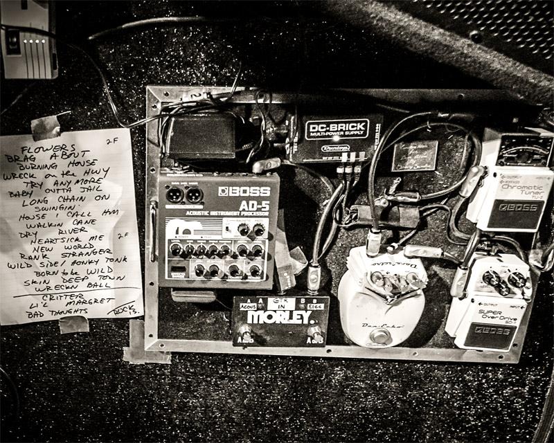 Dave Alvin's guitar gear