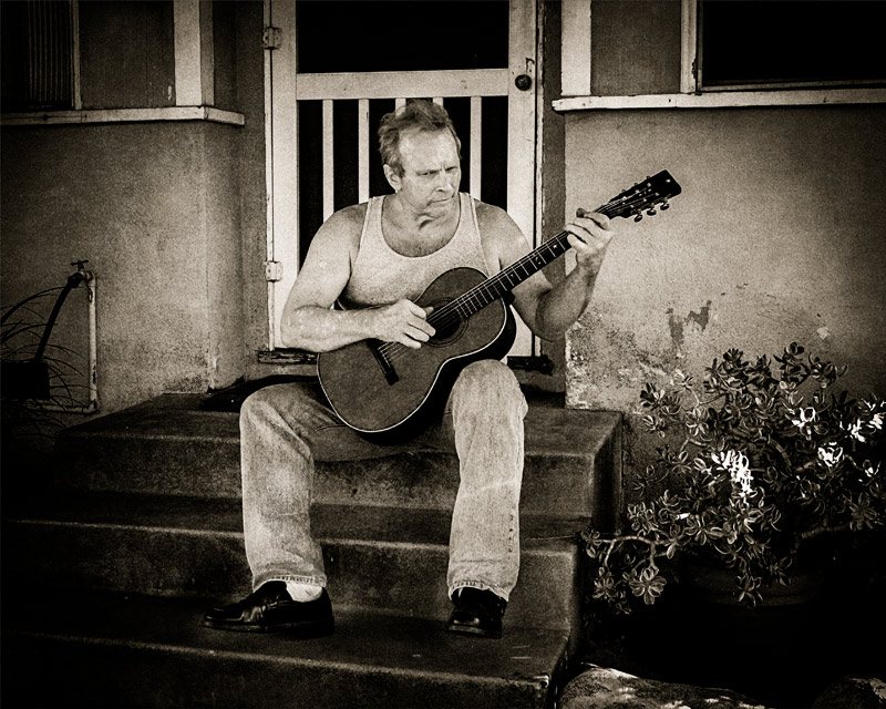 Phil Alvin at home