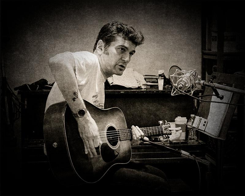 Singer songwriter Skip Heller