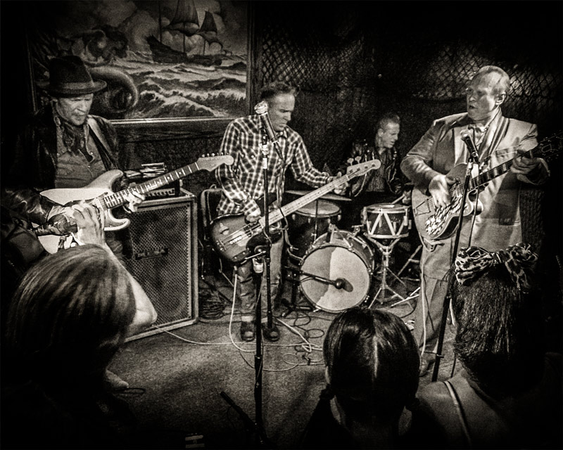 The Blasters onstage at The Redwood Bar Dave Alvin Phil Alvin